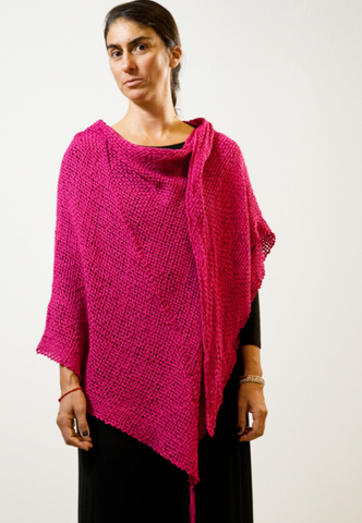 handwoven_fuscia_wrap_made by women_mexico_san miguel_natural fibers_