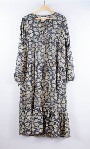 willow_dress_floral_patterned_modal_ginko_longsleeves_tiered