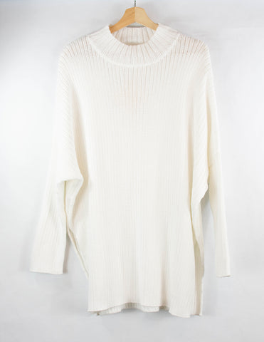 white_long_mock-neck_sweater_side-slits_handknitted_handmade_made-by-women_front_small