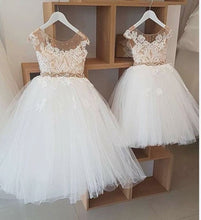 Load image into Gallery viewer, Navy Blue petites filles robes Princess Lace Flower Girl Dresses Tulle Girls Dresses - boo.bootik