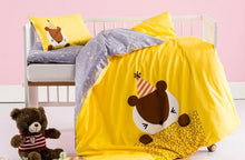 Load image into Gallery viewer, 3pcs cotton crib cartoon bedding set for newborn & toddlers - boo.bootik