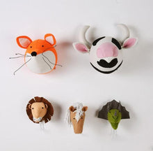 Load image into Gallery viewer, Animals stuffed wool felt heads for kids room decor 3D, baby nursery wall decoration - boo.bootik