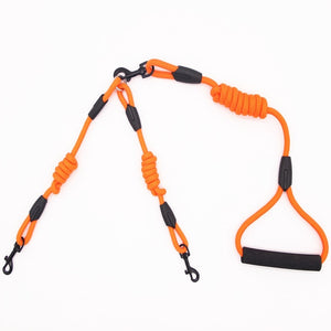 Easily Walk Two Dogs At Once with this Dual Dog Leash - lovethepup