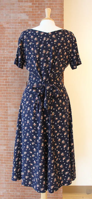 Half Button Tie Back Floral Midi (Dark Blue)