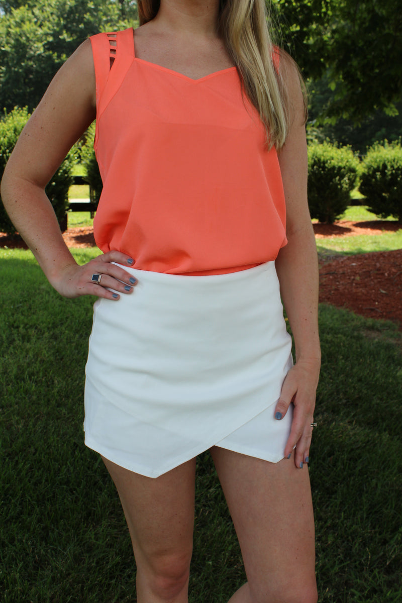 Unforgettable White Envelope Skort by Cashmere and Company