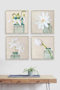Set of 4 white flower prints