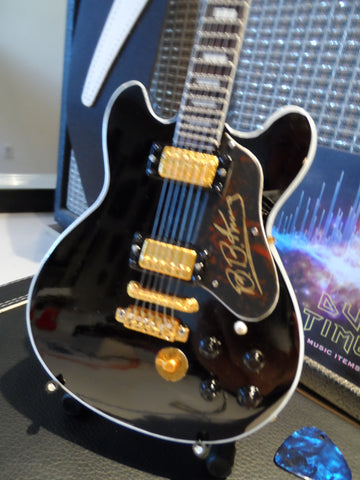 "B.B. KING -Gibson""Lucille"" Black Signature Reissue 1:4 Scale Replica Guitar ~Axe Heaven~"
