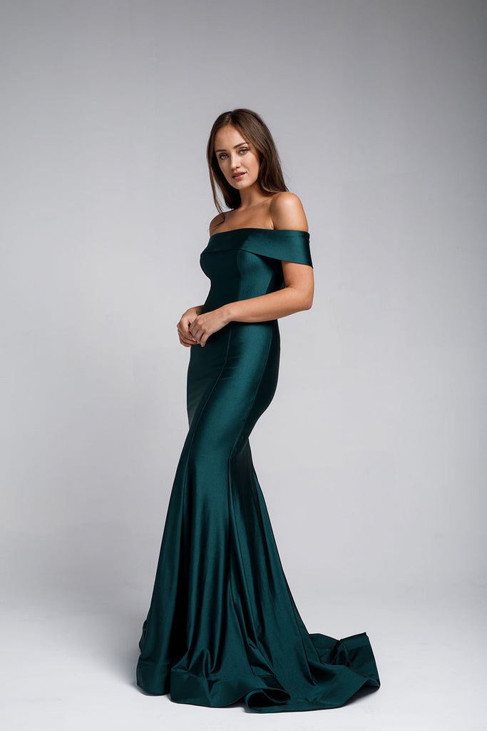 Off-the-Shoulders Satin Fitted Evening Withe Gown AC373