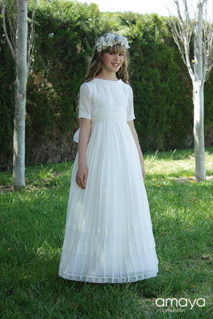 Ready to Ship Classic Spanish Communion Gown Amaya  517036M Size 8