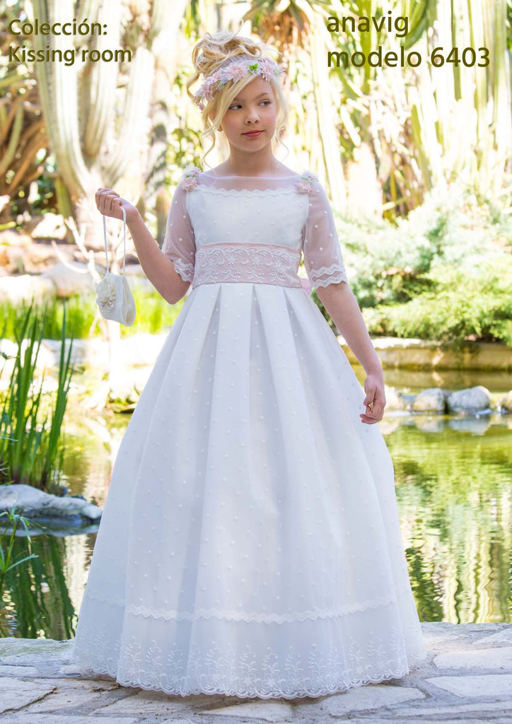 Anavig 6403 Spanish Communion Gown