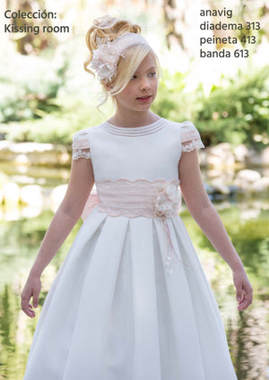 Anavig 6413  Spanish Communion Gown