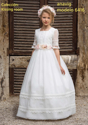 Spanish communion dress in stock Anavig