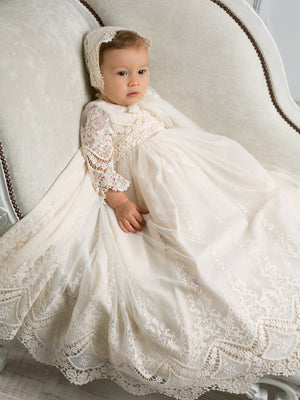 Christening gown M210