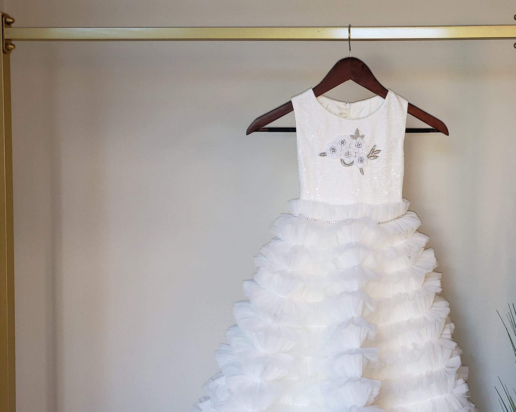Ready to Ship Dovita Ruffles Skirt 3D Flowers Appliques  Fabia Flower Girl Communion Gown