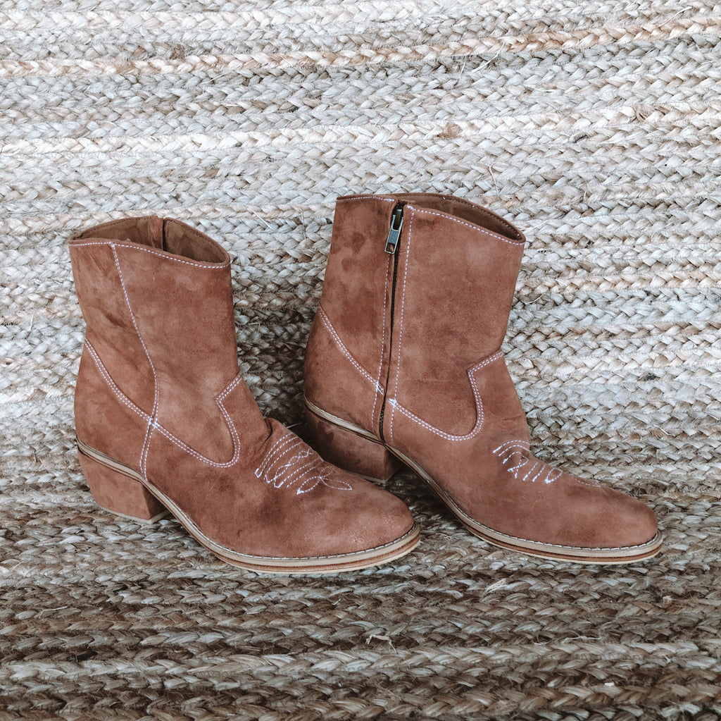 Mahli Suede Boot - Tan