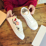 Sneakers With Embroidery Flower-Pretty Shining People