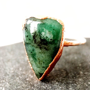 Brazilian Emerald in Matrix Silver & Copper Ring. UK ring size O, US Ring Size 7 - Glitter and Gem Jewellery
