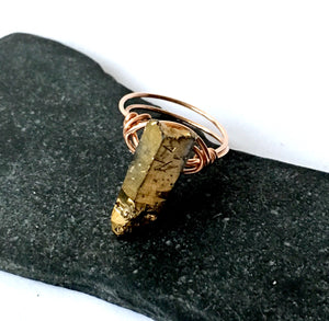 Gold Electroplated Quartz 14 carat rose gold filled Wire Ring - Glitter and Gem Jewellery