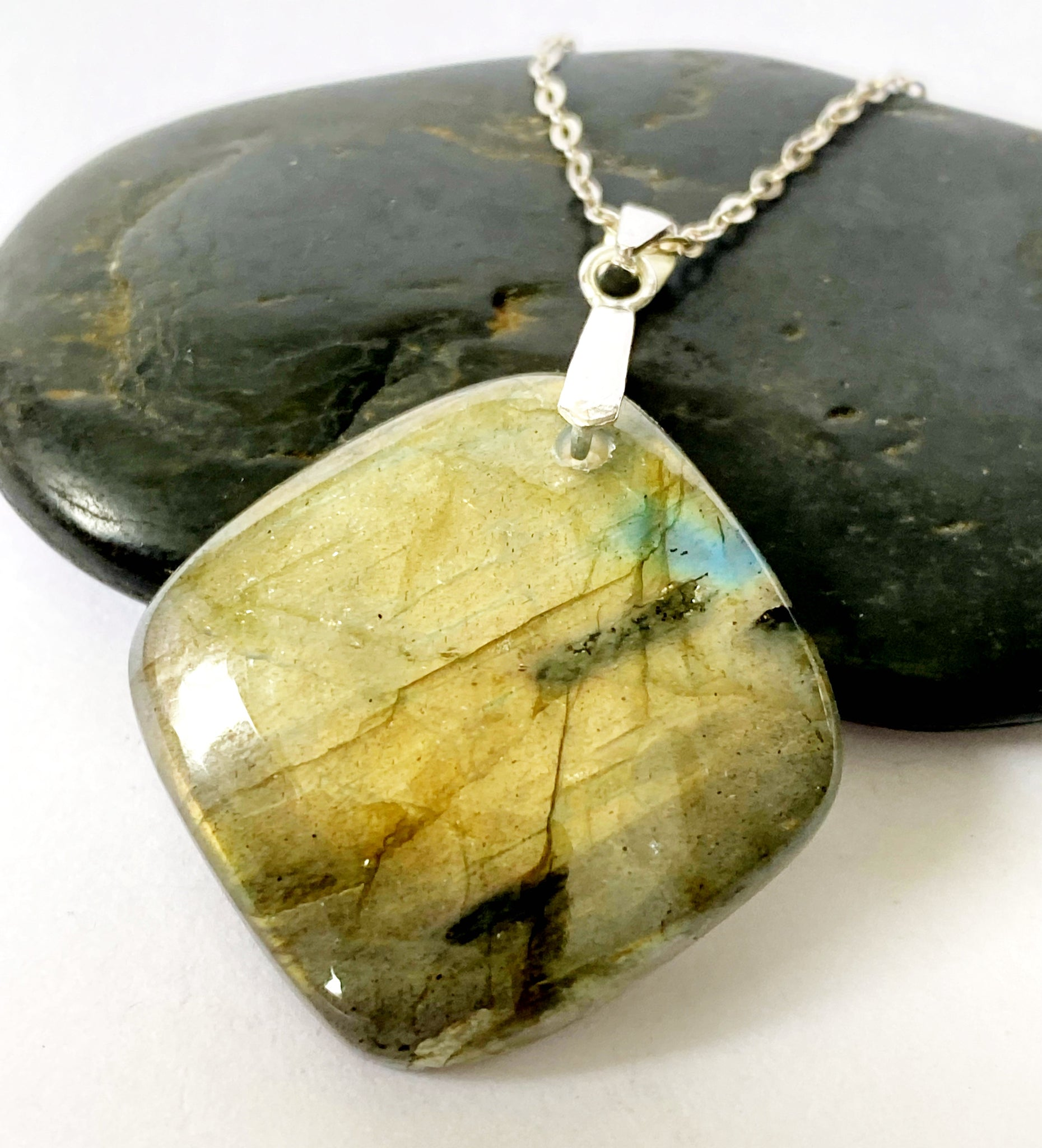Labradorite Sterling Silver Pendant Necklace - Glitter and Gem Jewellery