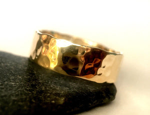 9 ct Hammered Gold Ring Band