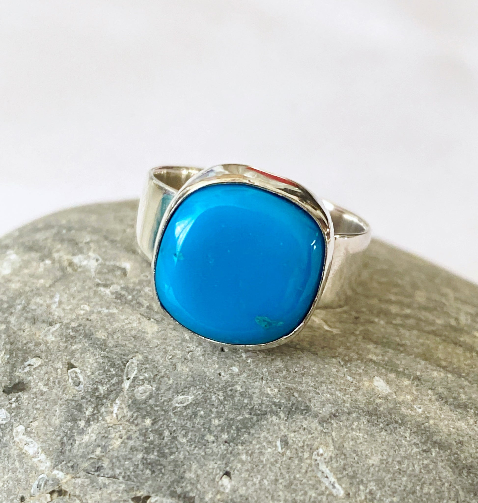Mexican Turquoise Sterling Silver Ring - Glitter and Gem Jewellery