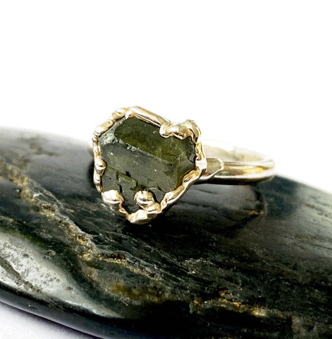 Etched Green Garnet Silver Formed Ring