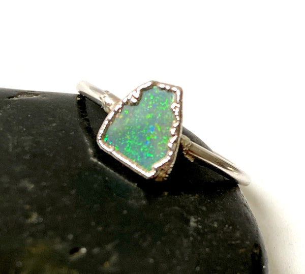 Lightning Ridge Opal Silver Formed Ring