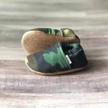 Load image into Gallery viewer, Baby Moccs
