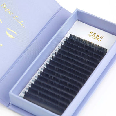 Beau Lashes Pro Flat Eyelash Extensions Open Box C Curl Close Up