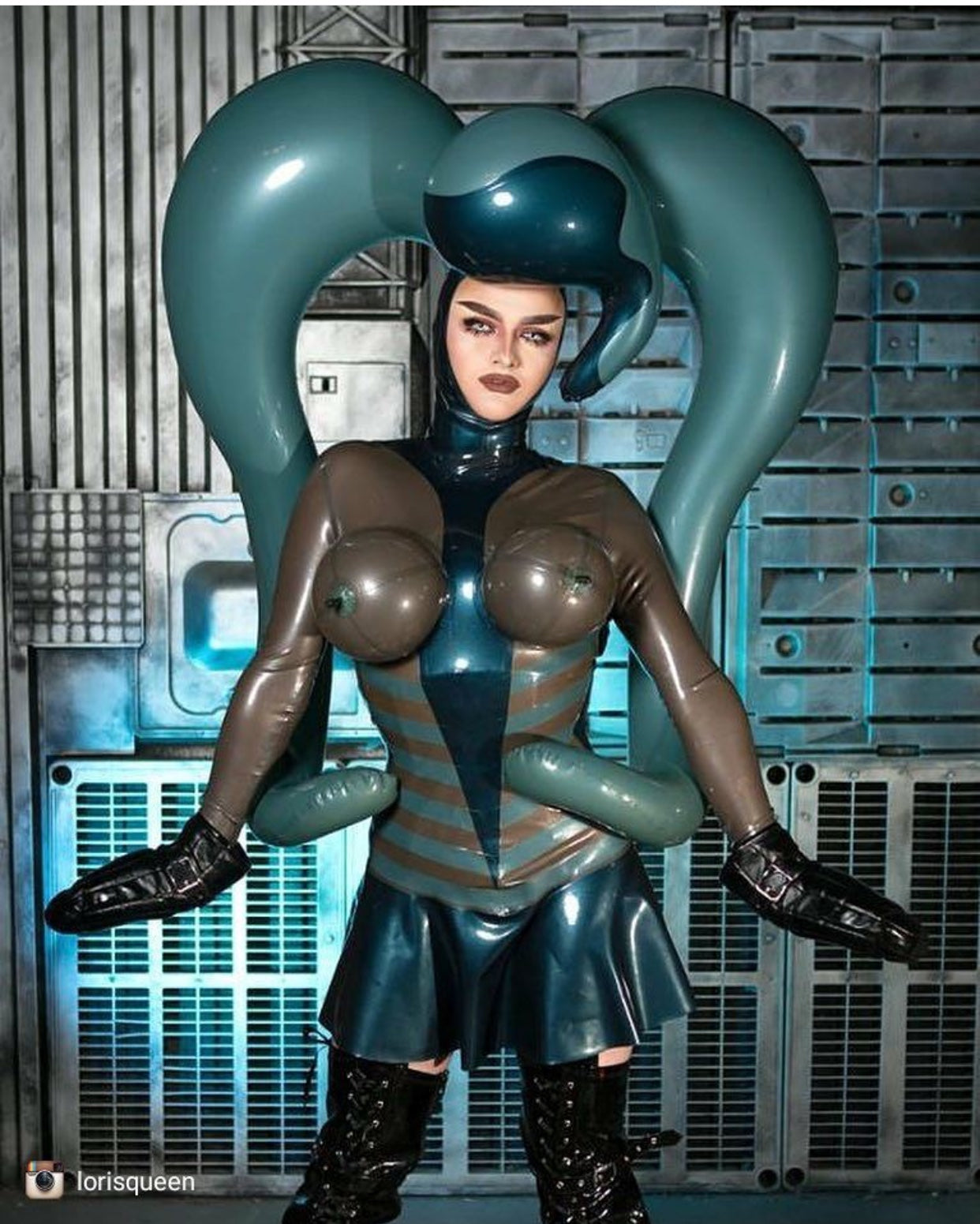 Twin Thug Pony Inflatable Latex Wig
