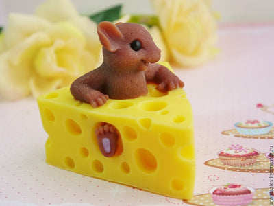 Soap Mouse in Cheese