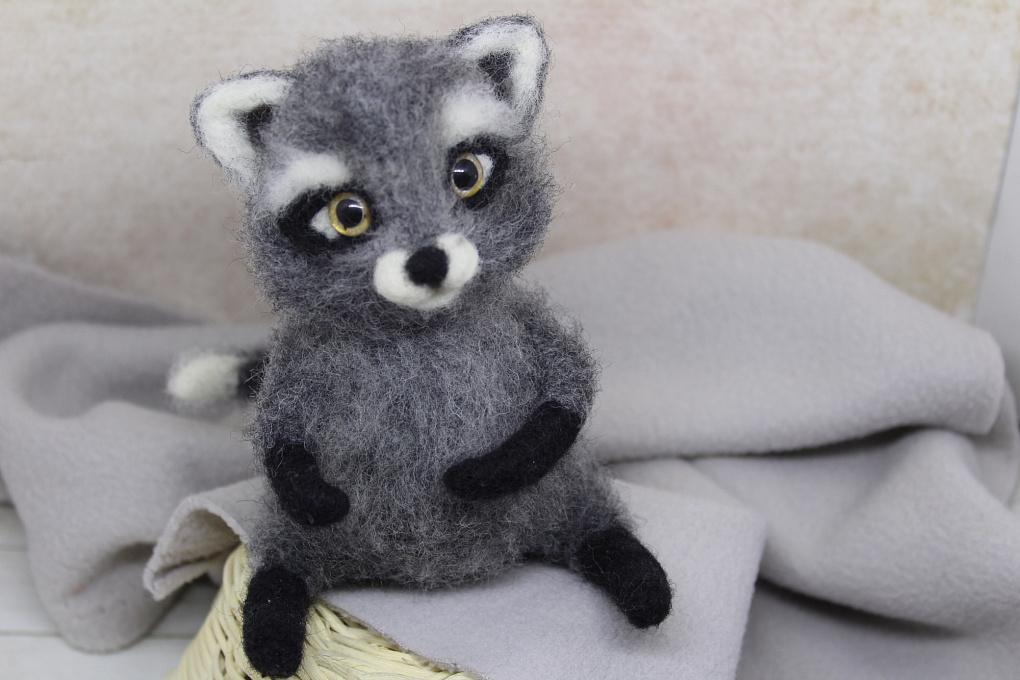 Felted toy Enotik