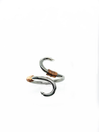 A unique bypass fish hook ring representing the love of fishing between you and your partner.      Materials - Silver with copper accents