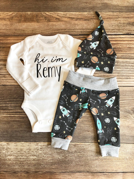 Hi I'm baby Name Rocketship Newborn Outfit, Spring - Josie and James