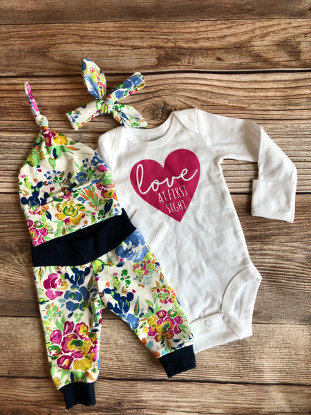Florence Floral Coming Home Outfit