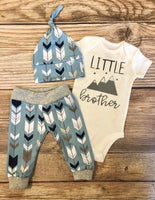 Little brother blue gray Arrow Coming Home Outfit, Newborn Outfit - Josie and James