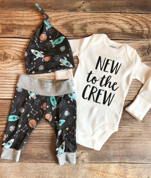 New to the Crew Rocketship Newborn Outfit