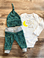 Green Moon and Back newborn outfit - Josie and James