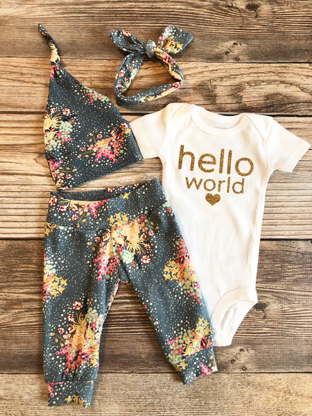 Stella Floral Newborn Outfit, Baby Girl outfit, Hello world - Josie and James