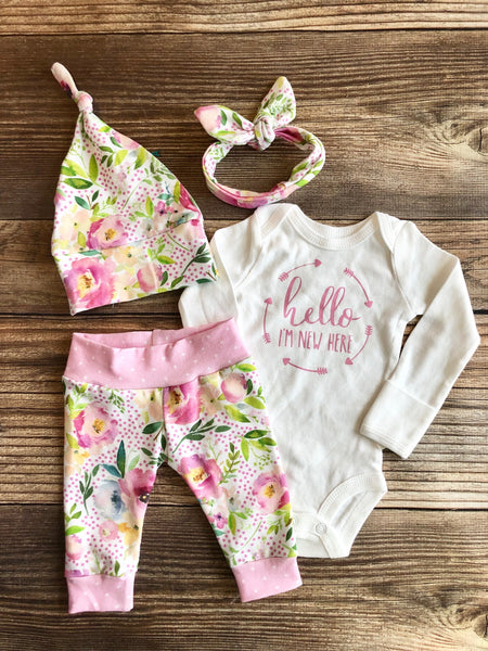 McKenzie Floral Newborn Girl Outfit, Hello I'm New here, Ready to ship, Spring