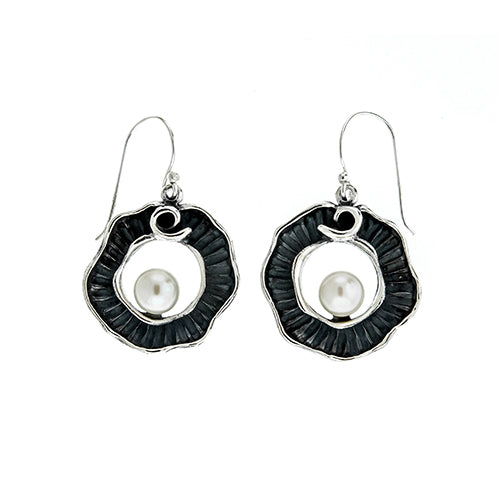 Round Oxidized Pearl Earrings