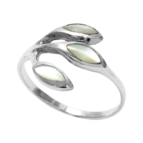 White Shell Three Leaf Ring