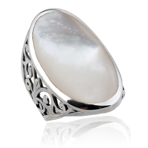 Oval White Shell Ring