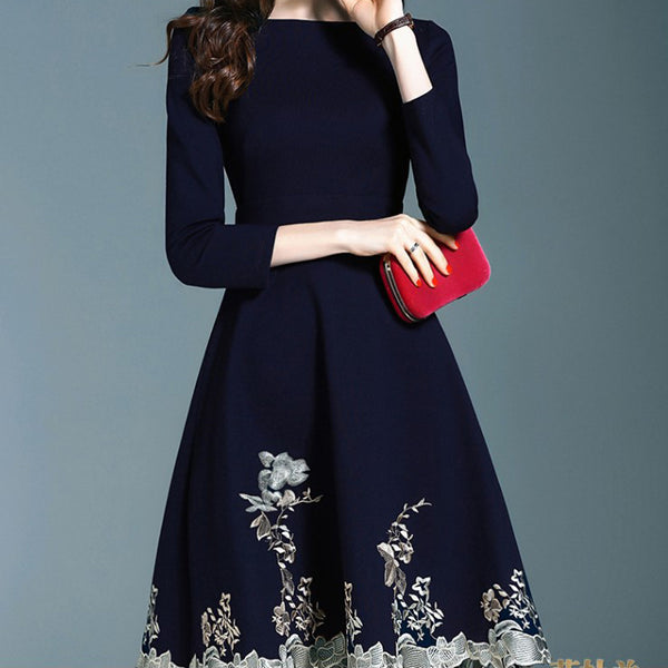 Elegant lady's one-piece collar embroidered dress