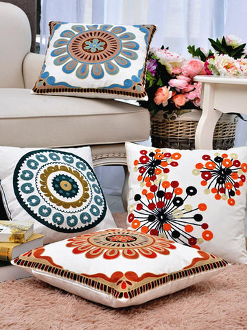 Pastoral Ethnic Embroidery Pillow