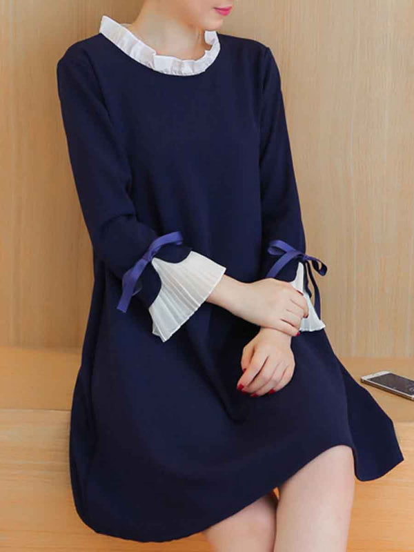 Long sleeved solid color shift dress