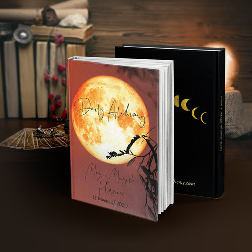 Daily Alchemy Moon & Magick Planner: 13 Moons of 2020, Hardcover Edition