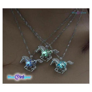 "<span style=""color:#990000;"">🐎</span>  Running Horse Glowing in the Dark Necklace - BluebirdGear™"