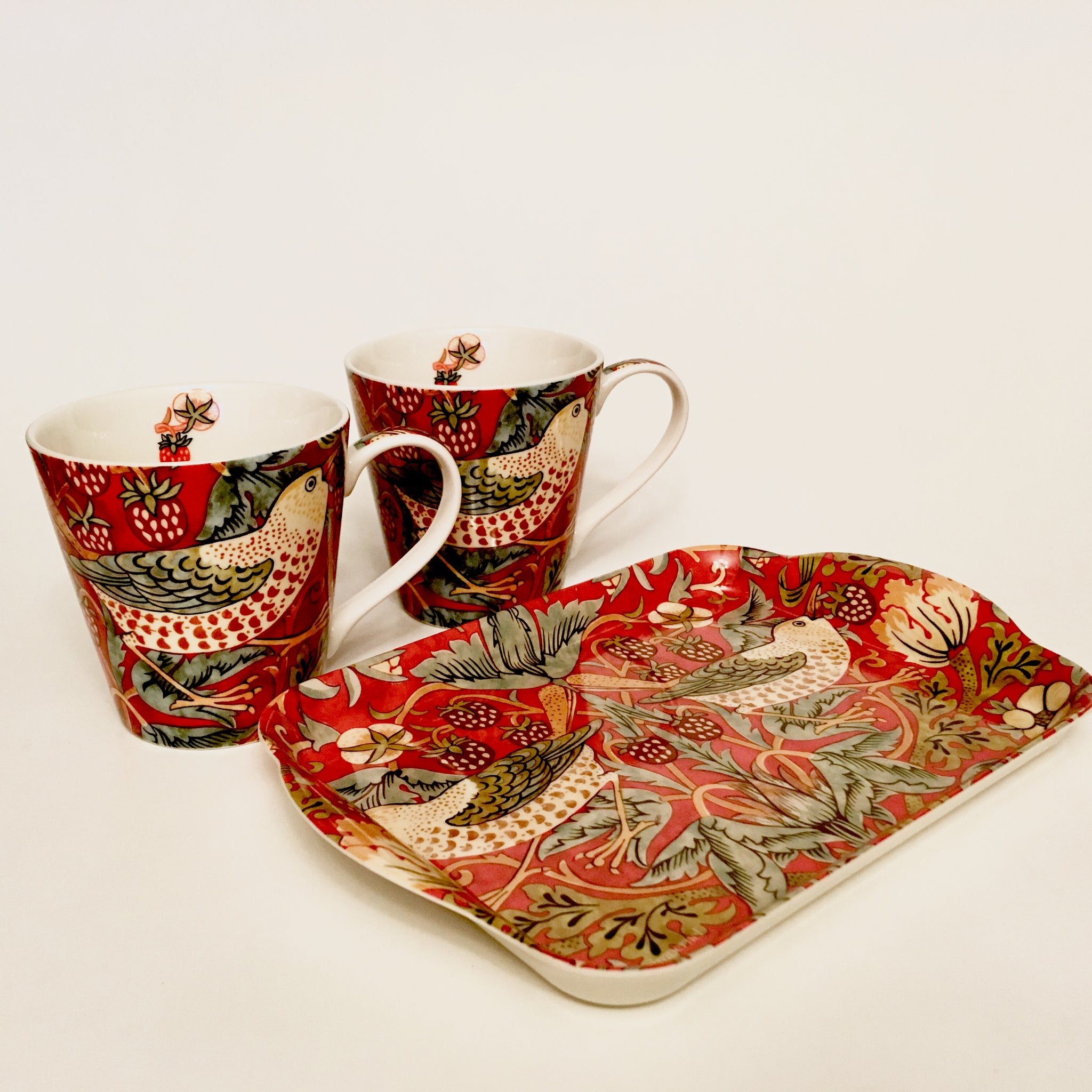 William Morris Two Tea Cups and Tray Set - Strawberry Thief - Red