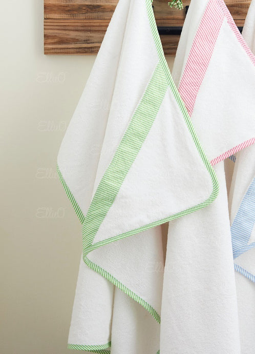 Seersucker Hooded Towel - Green (BEING DISCONTINUED - WHILE SUPPLIES LAST)